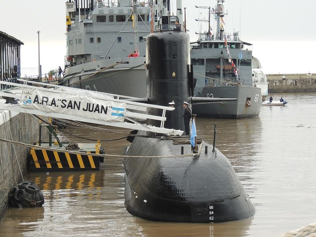 1280px-Submarino_ARA_San_Juan_(33866567363).jpg