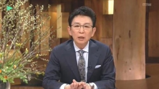 March-30-2015_-Ichiro-Koyakata-surrenders-to-Chief-Cabinet-Secretary-Kan-in-a-news-station-substantially_-When-I-was-not-able-to-prevent-a-remark-of-Sh.jpg